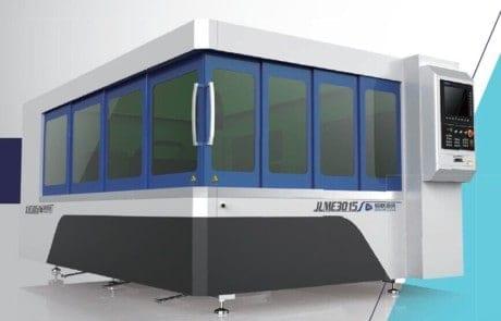 IPG 500, 1000, 1.5kw, 2kw fiber laser cutting machine with Safety Cabinet